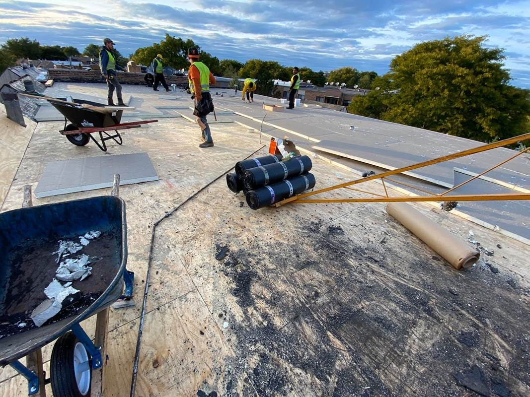 commercial roofing contractors flat roofers flat commercial roofing